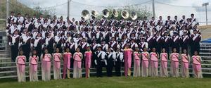 group picture of the entire marching band