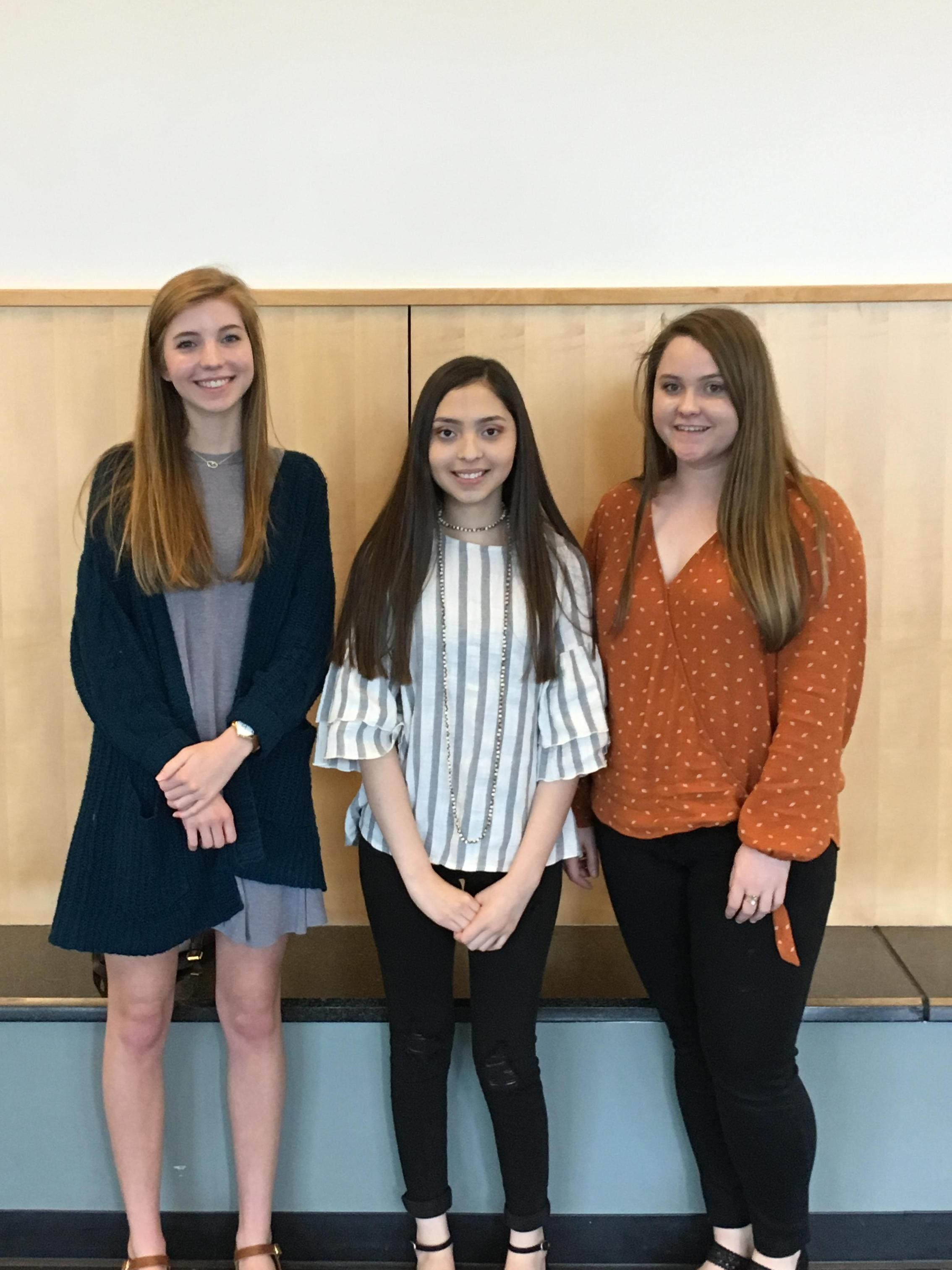 Emily Dismukes, Lesley Moreno, and Cynthia Hewitt competed in the argumentative, personal, and rhetorical essay events.  Emily placed 2nd and Cynthia placed 3rd.