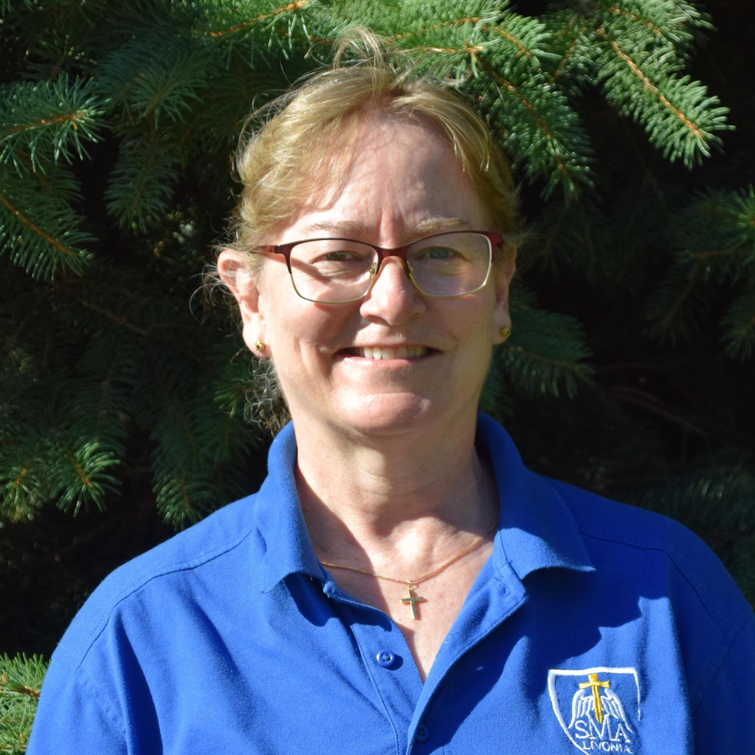 Louise Hopping's Profile Photo