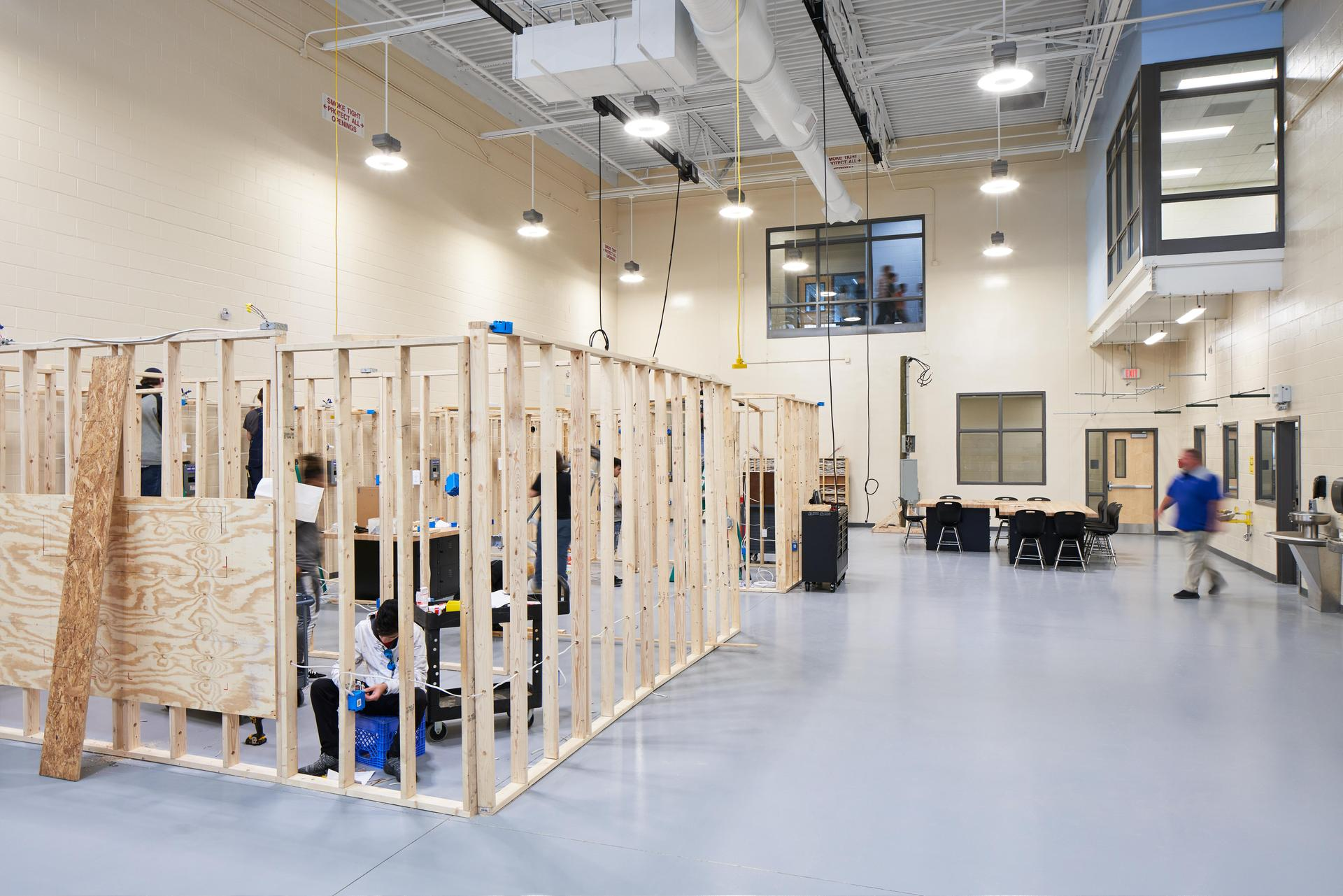 Lexington 2 Innovation Center Electricity Classroom