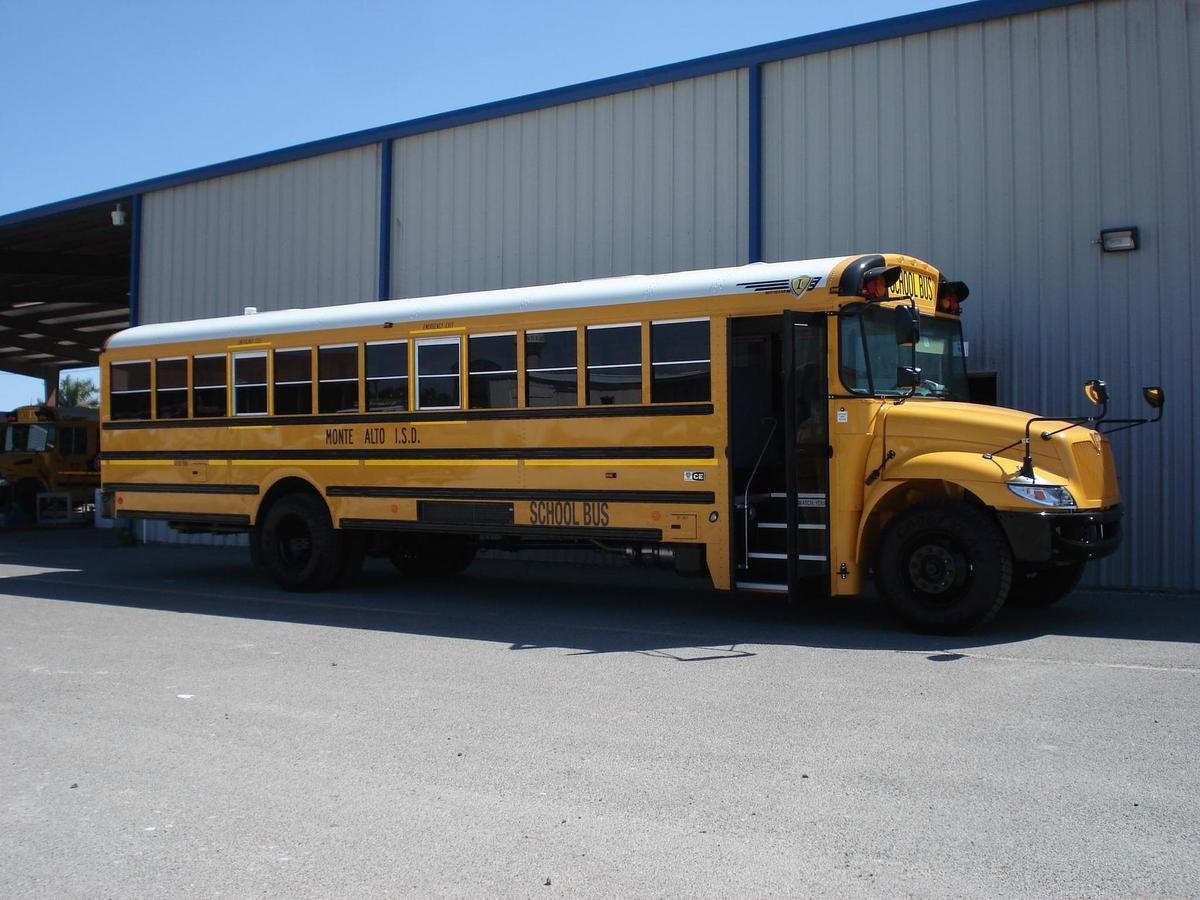 MA bus