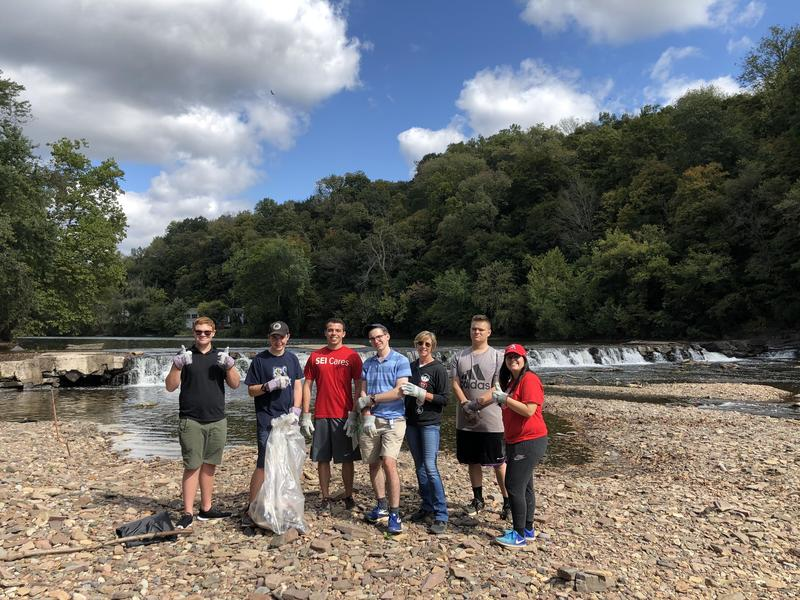 Students clean up Lower Perkiomen Park Featured Photo