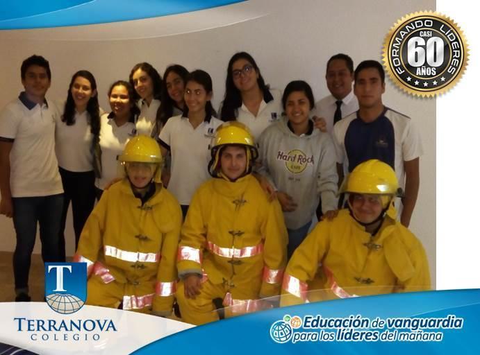 Alumnos de Preparatoria en Curso de Protocolos de Seguridad Thumbnail Image