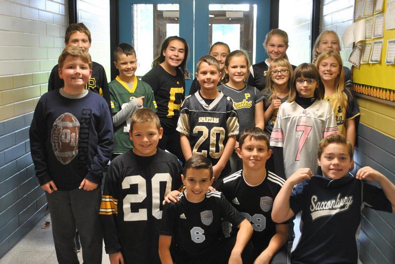 5th graders in team jerseys