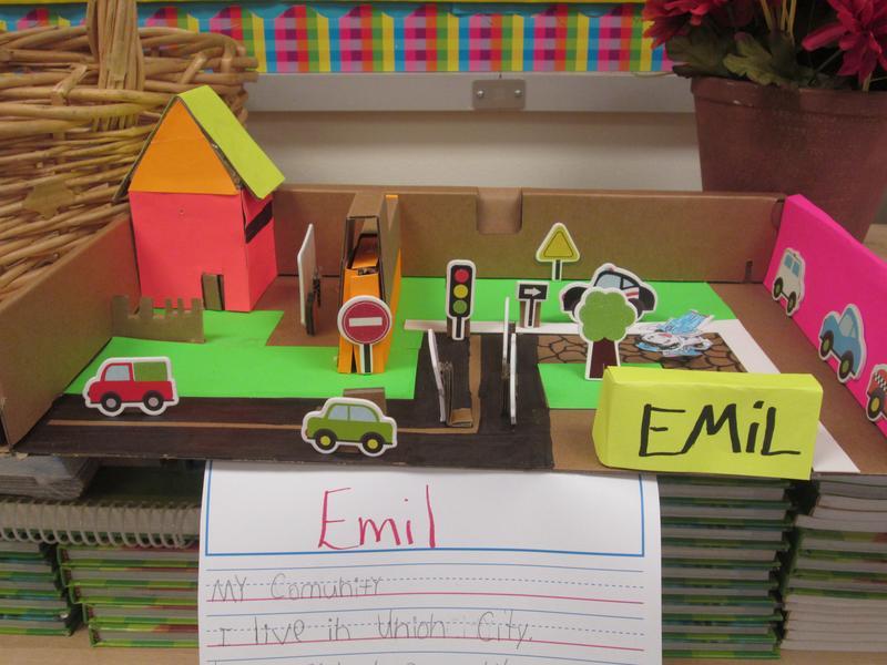 Emil's community diorama with street
