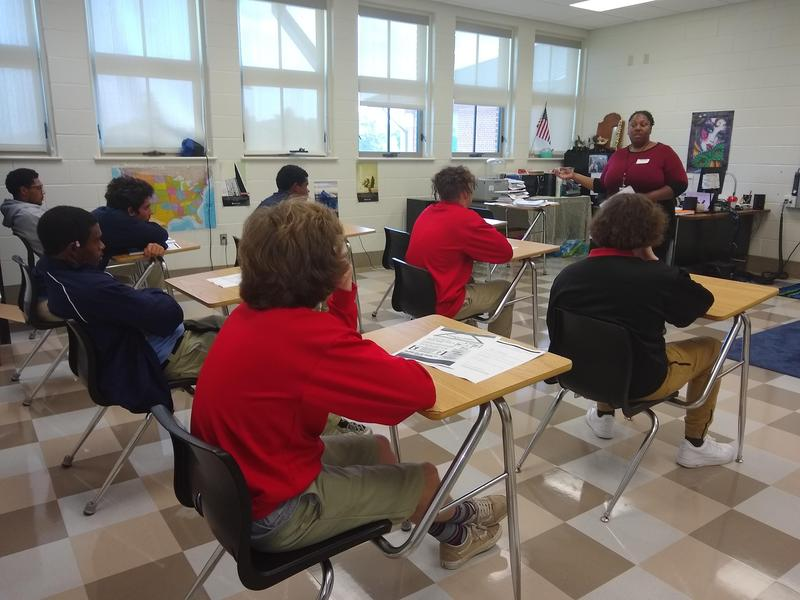 St. Bernard Business & Career Solutions Center explains financial assistance information (for college) to PPLC students. Thumbnail Image