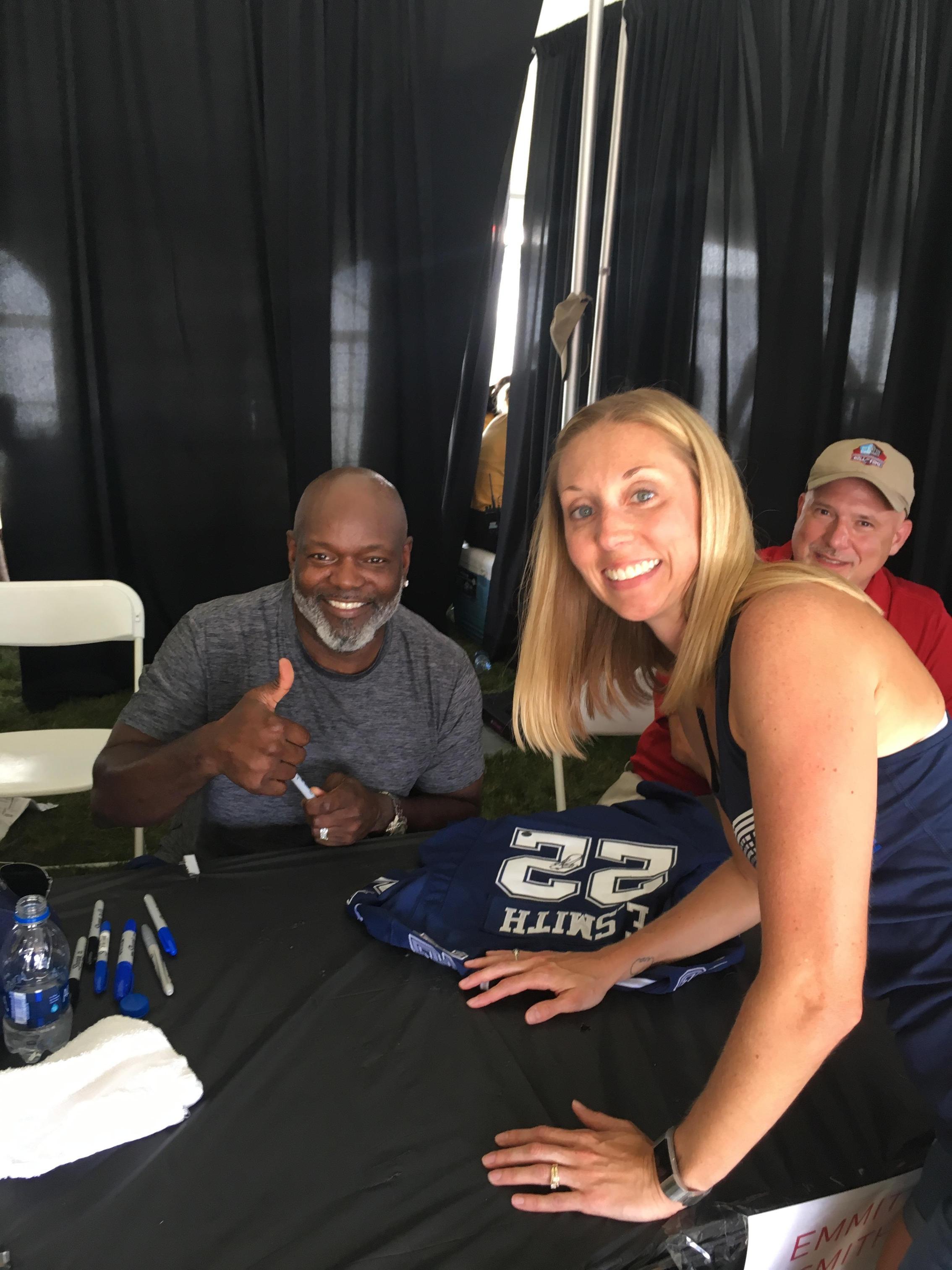 Meeting my hero...Emmitt Smith!