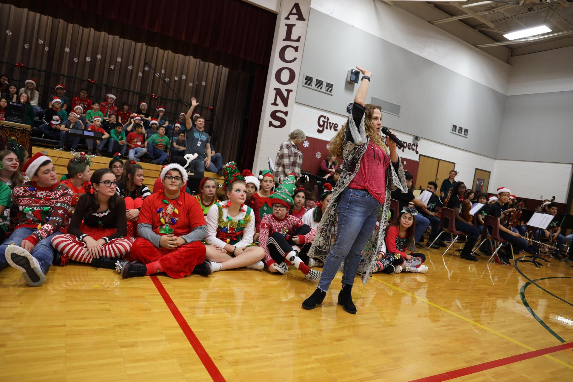 Fairmont Junior High fine arts students perform at Fairmont Elementary