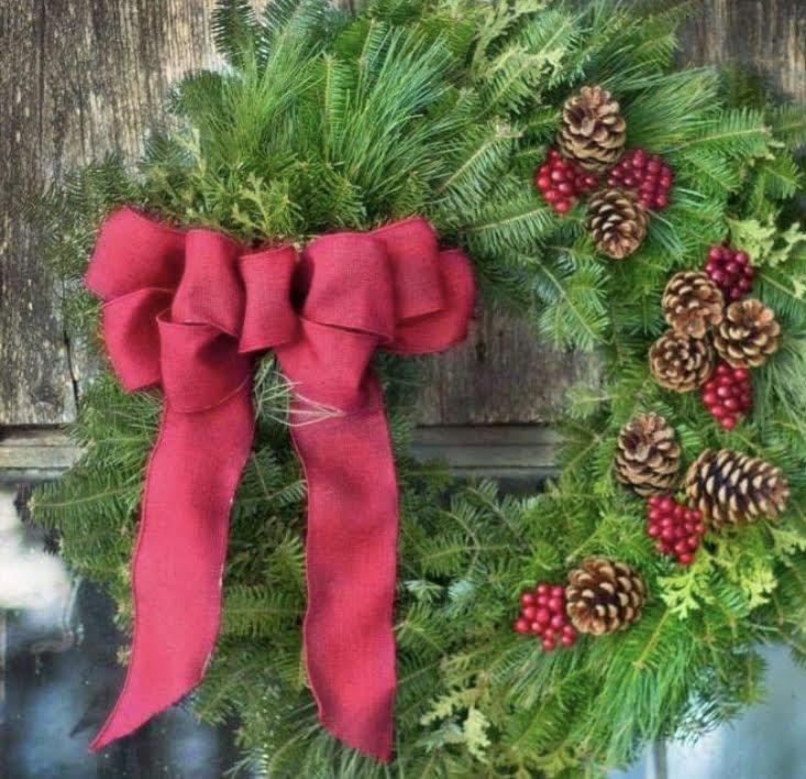 Light Red Bow Wreath