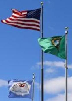 USA, Washington and Yakama Tribe flags