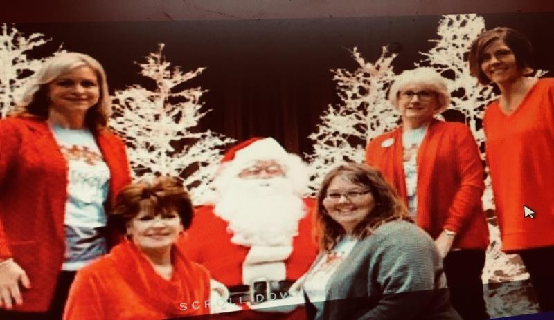 Happy Holidays from the faculty and staff of Hickory Flat School Featured Photo