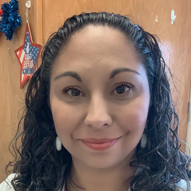 Yesenia Gonzalez's Profile Photo