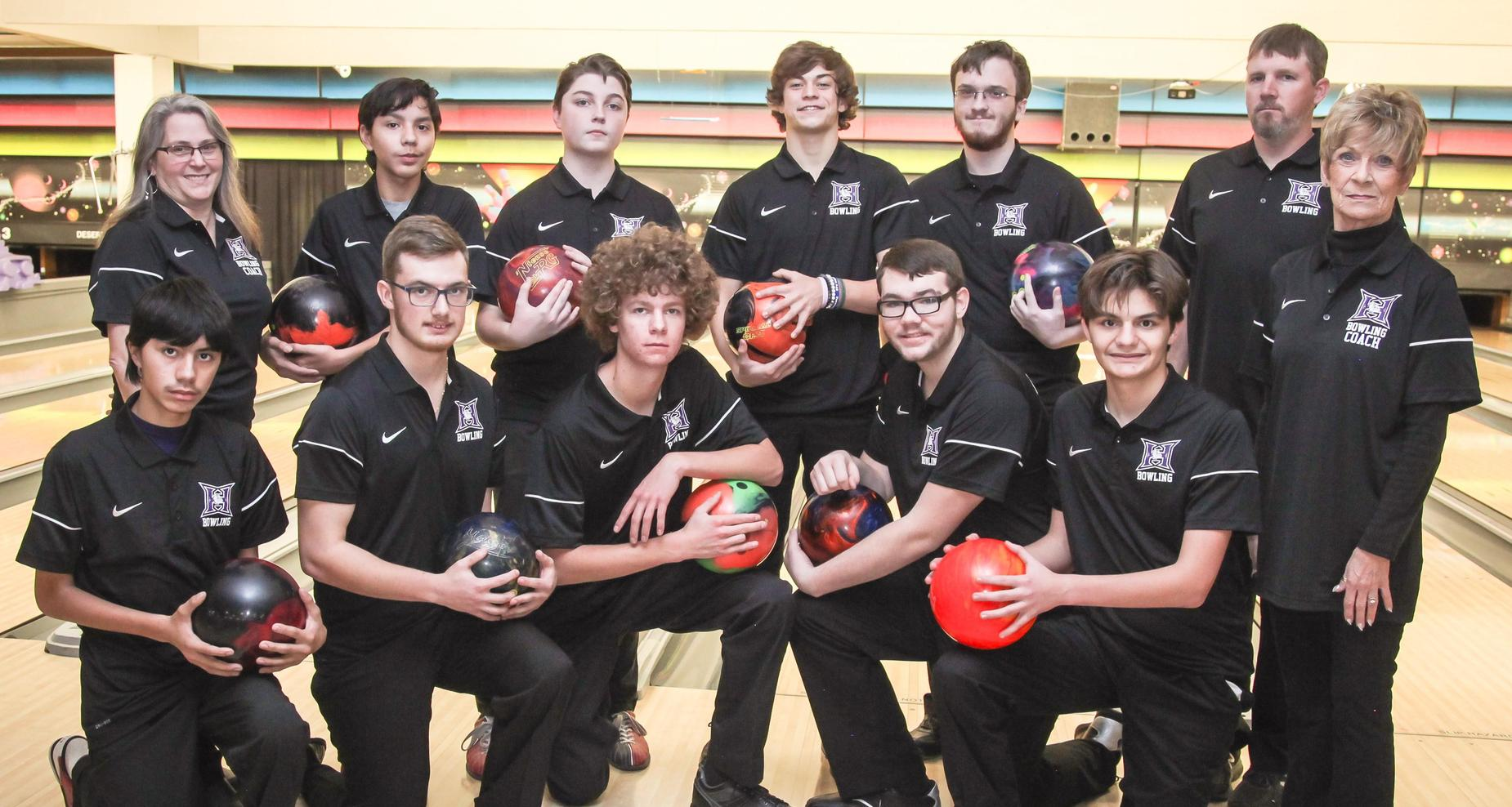 Picture of boys bowling team.