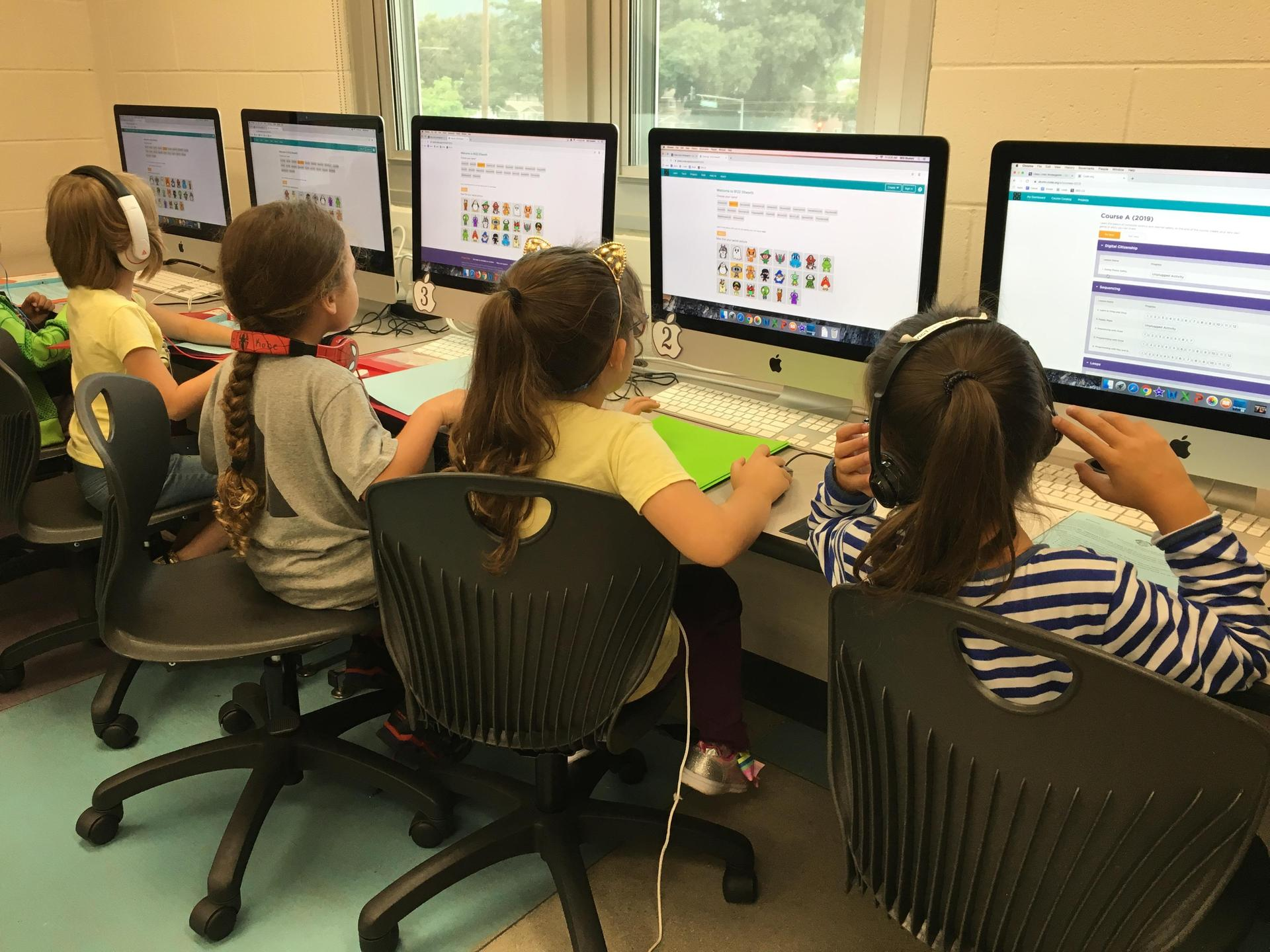 Students in Coding class
