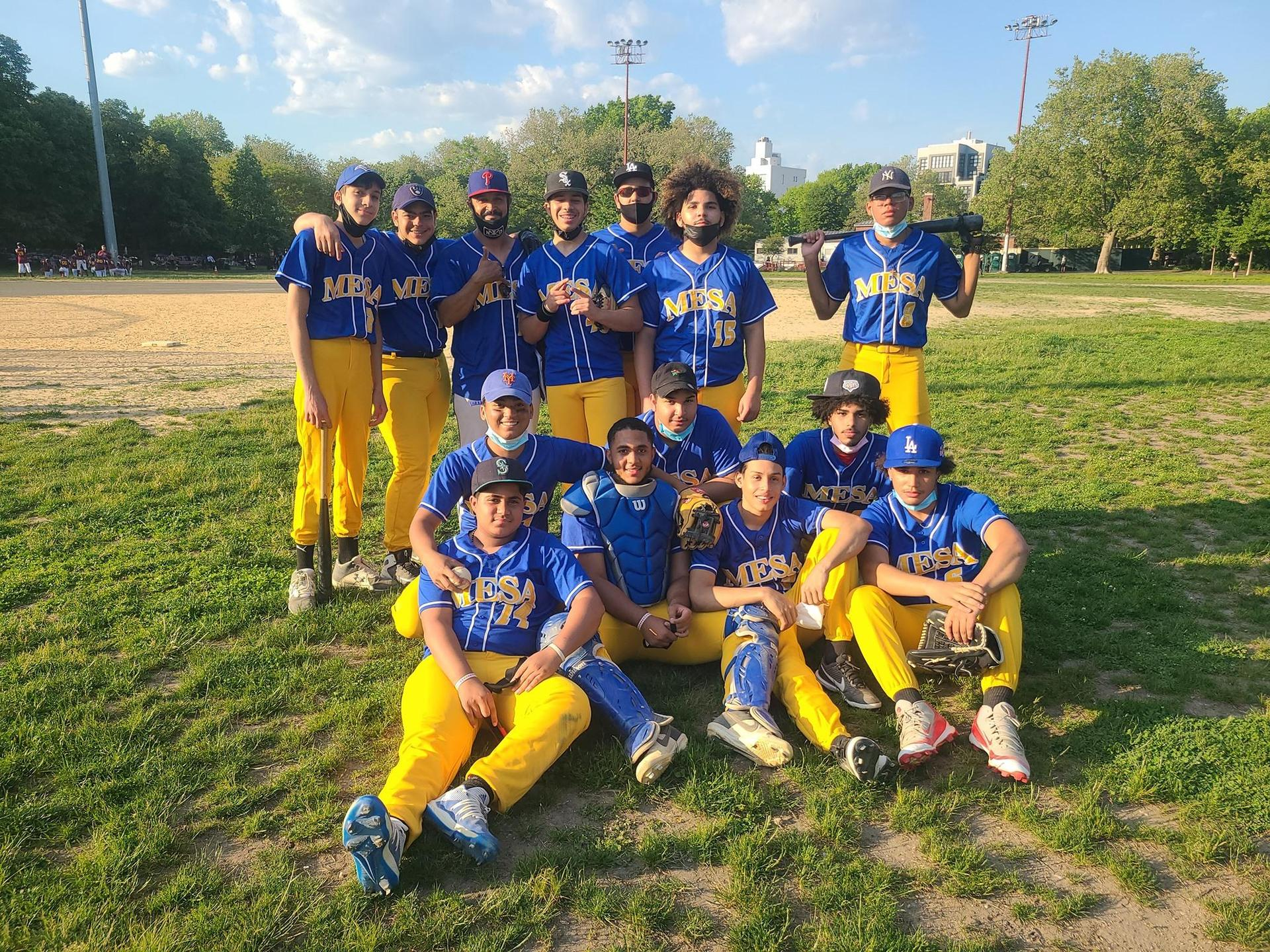 baseball team in the field