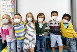 kindergarten-kids-wearing-masks-in-classroom.jpg