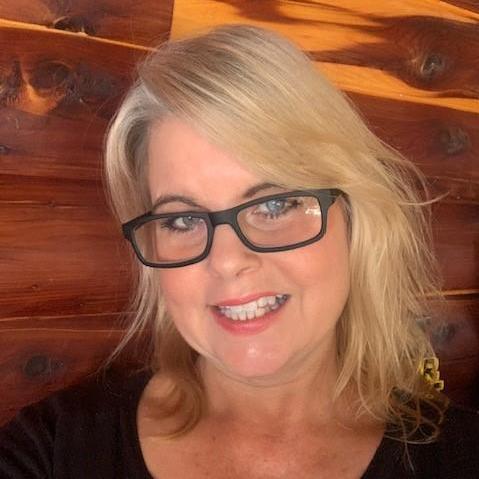 Tracey Hunter's Profile Photo
