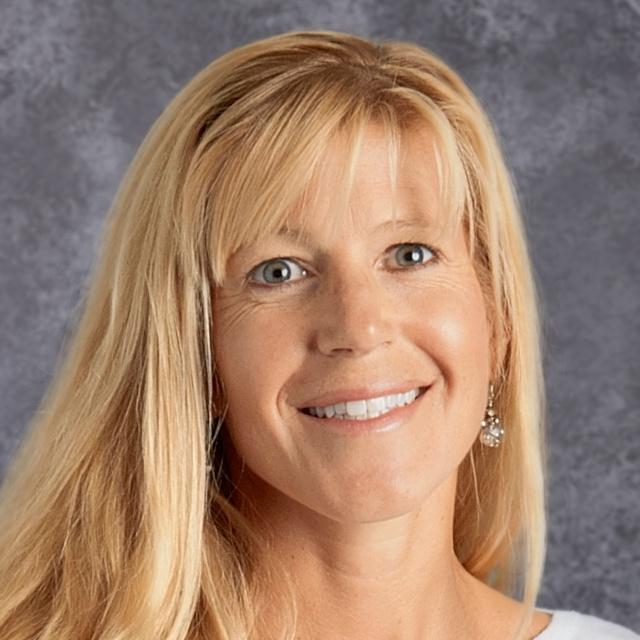 Maya Hunnewell's Profile Photo