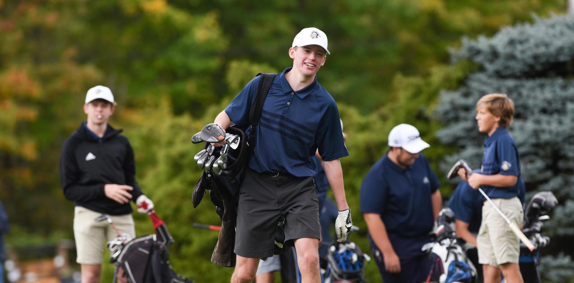 Knoch golfer walking across course