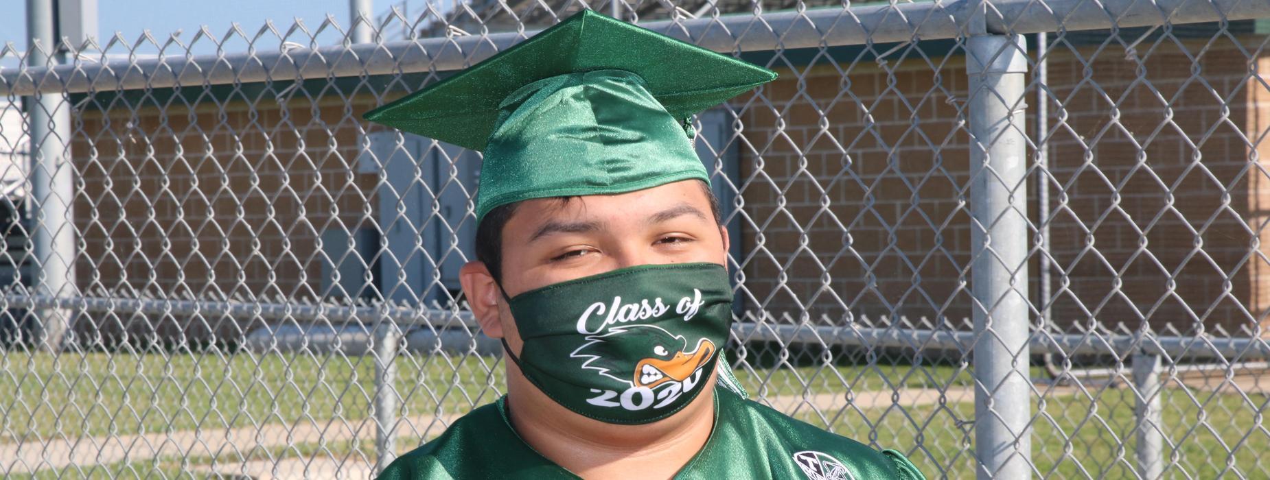 Grad in Duck Mask