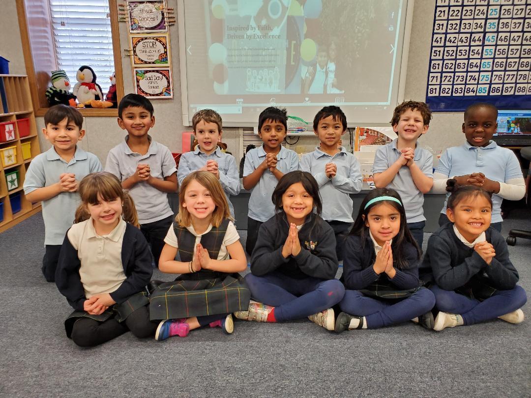 Kindergarten Praying