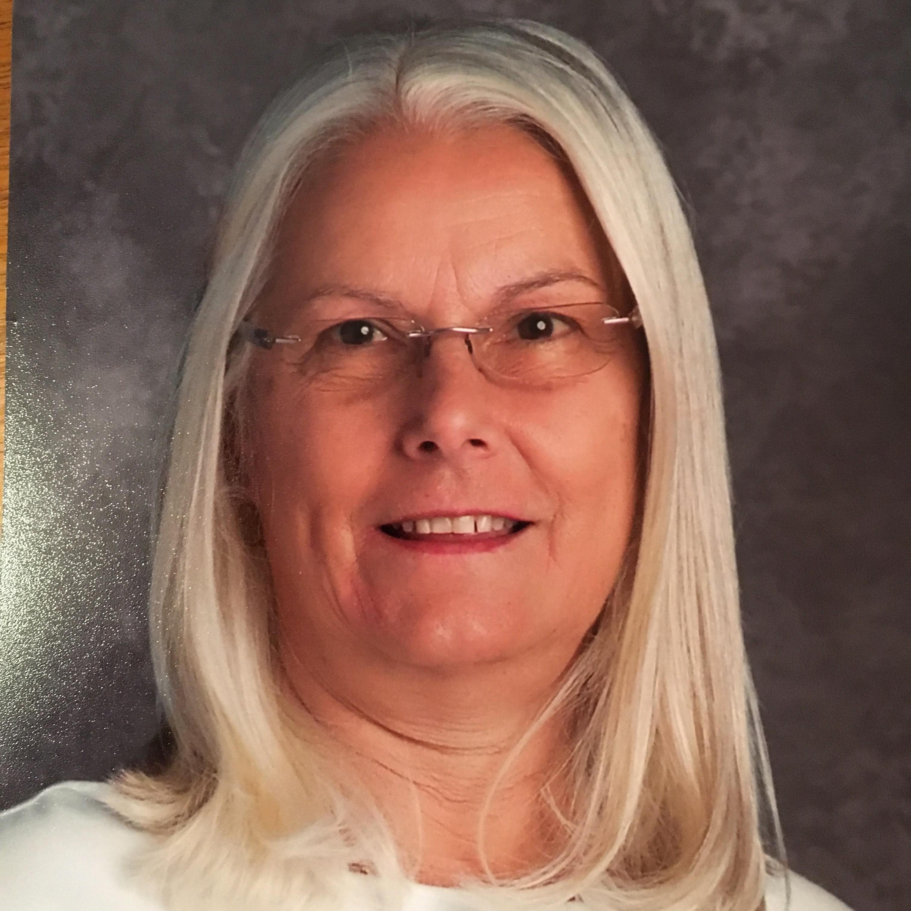 Christine Lowder's Profile Photo