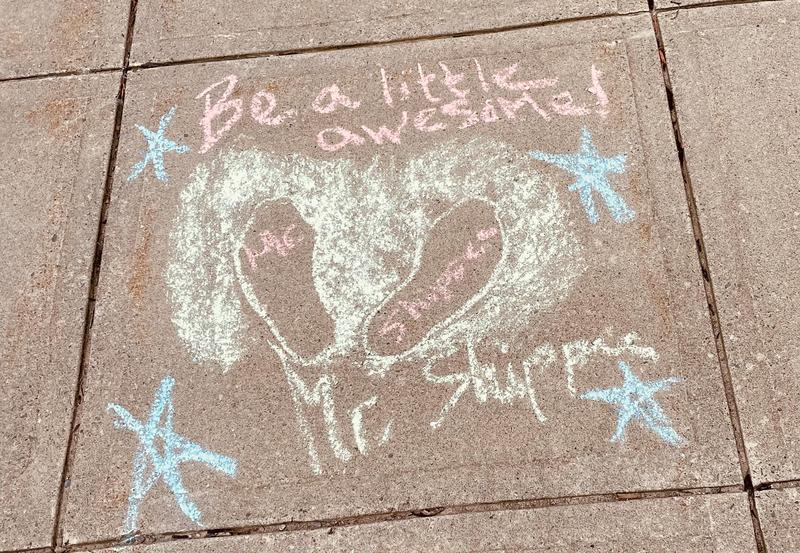 """Teachers """"Chalk the Walk"""" to Welcome Back Students Featured Photo"""