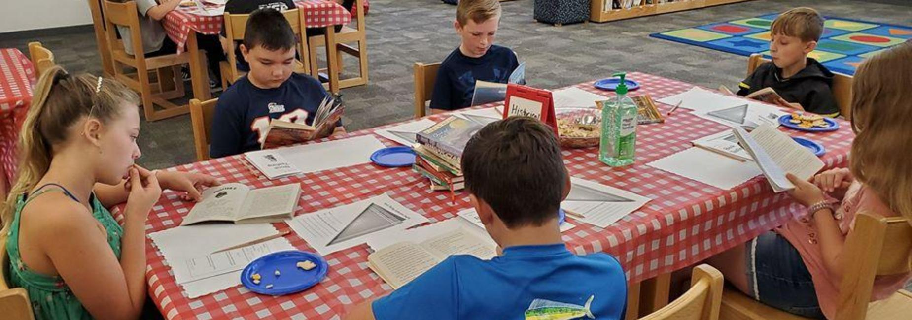 5th grade Book Tasting