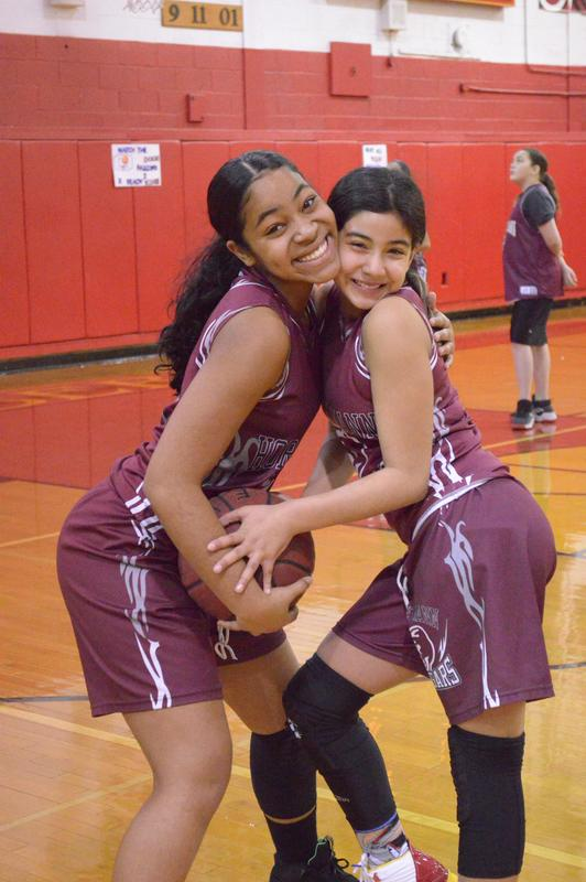 Lady Cougar players