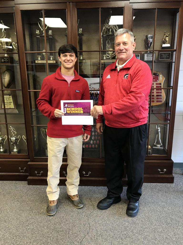 Mason Boswell Receives Heisman High School Award