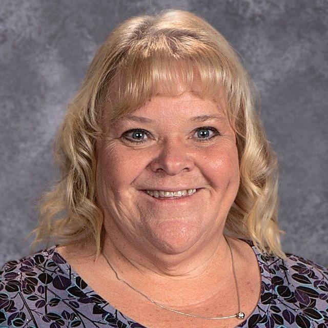 Suzanne Peterson's Profile Photo