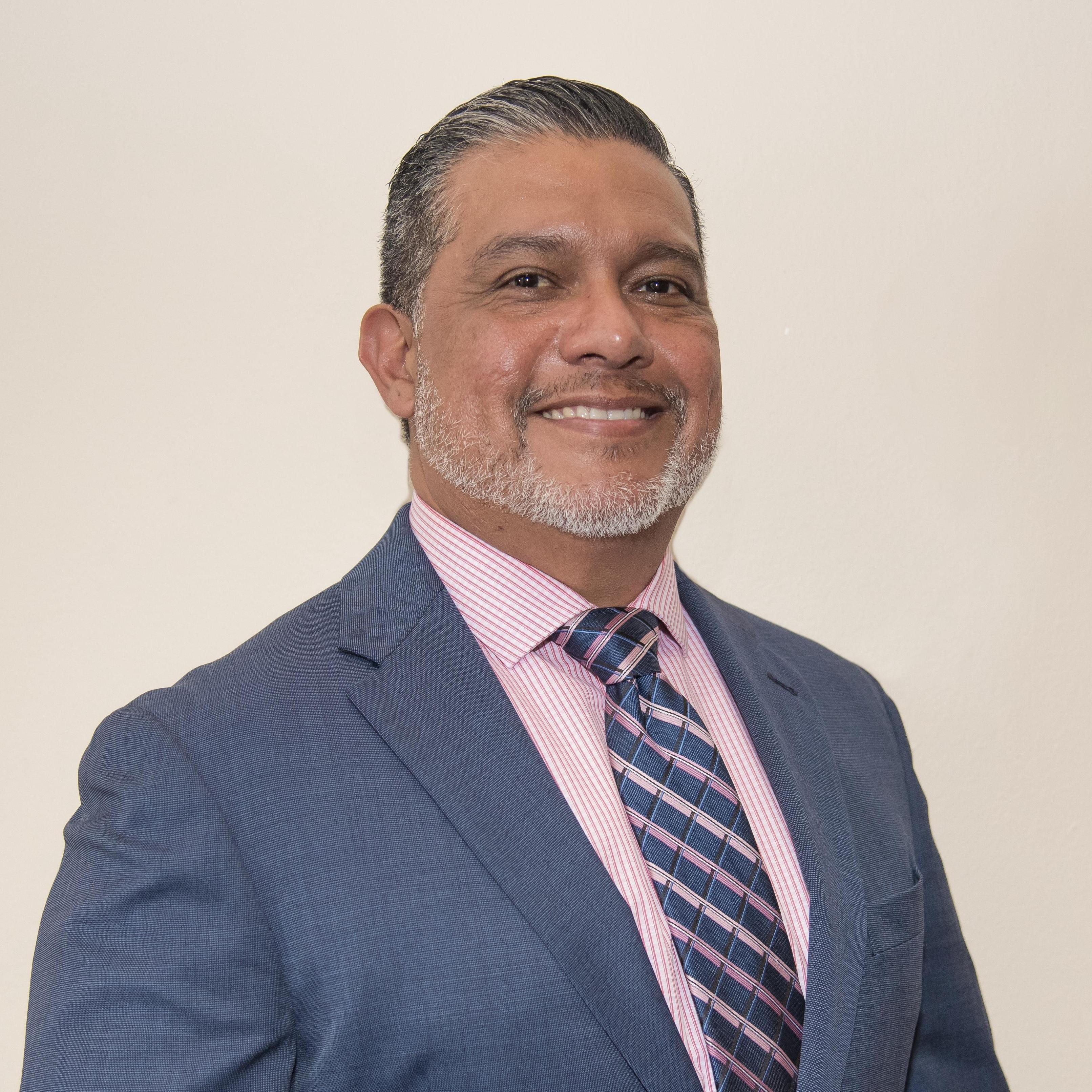 Lee Hernandez's Profile Photo