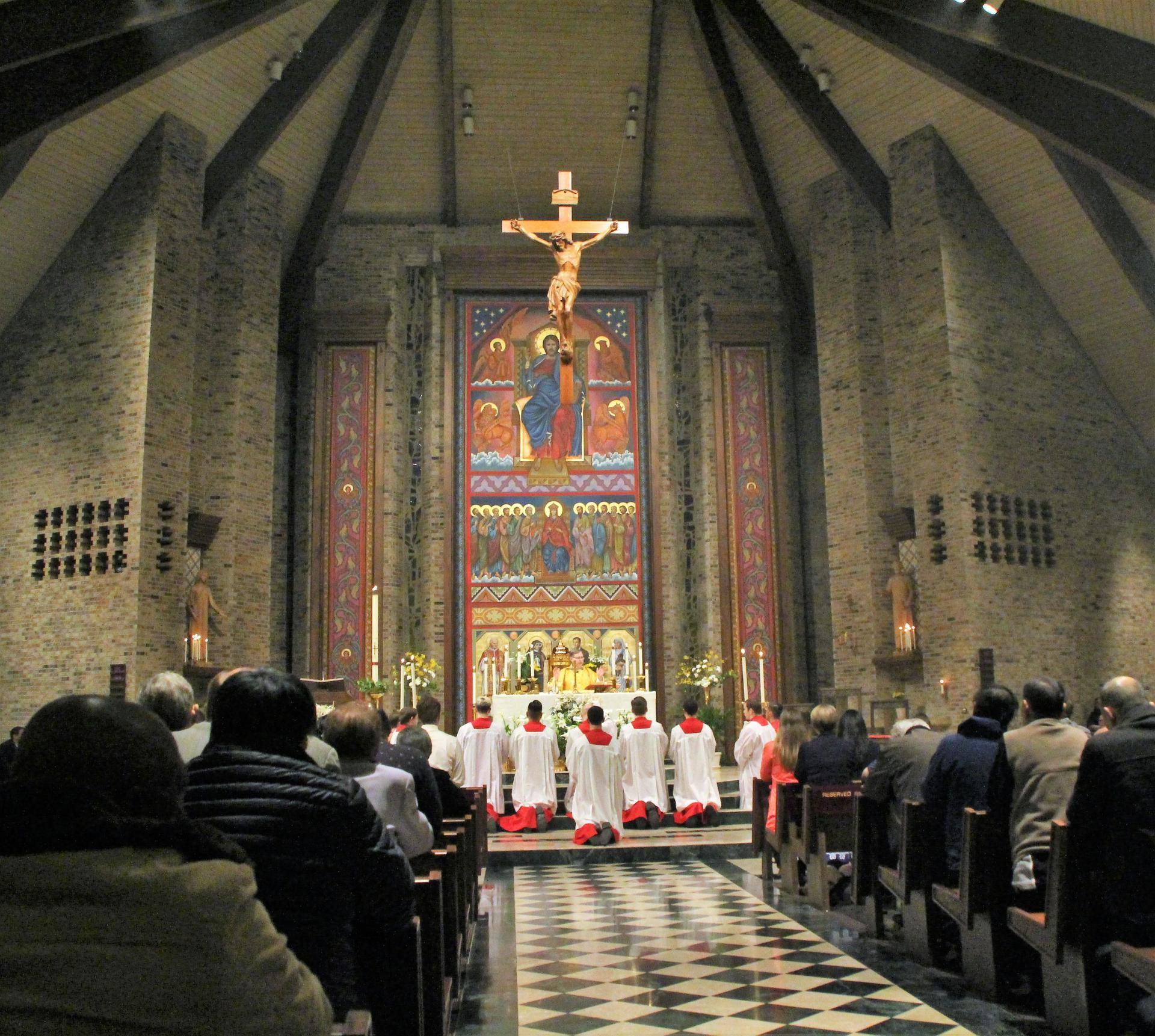 Prayer and reflection in St. Mark Parish