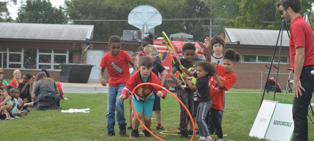 Teamwork relay race