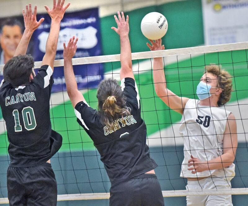 Boys Volleyball Drops Match In Four Featured Photo