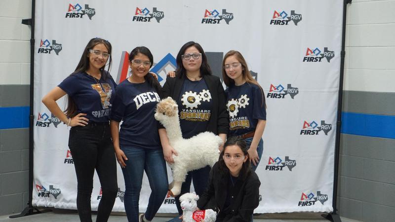 Rembrandt Secondary robotics team #13107 advances to the State Robotics Championship Featured Photo