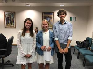 StuCo Leadership Team Speaks to School Board