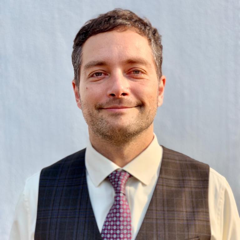 Luis Valencia's Profile Photo