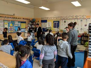The kindergarten classroom sings and practices songs as part of the Ravinia Program partnership.