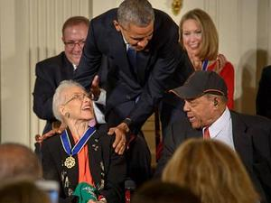 photo of Katherine Johnson and Barack Obama