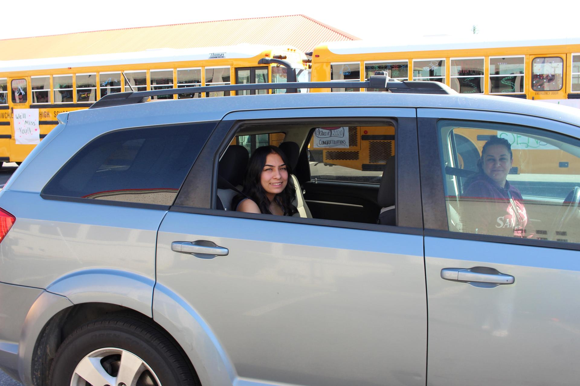 Samantha Juarez riding through