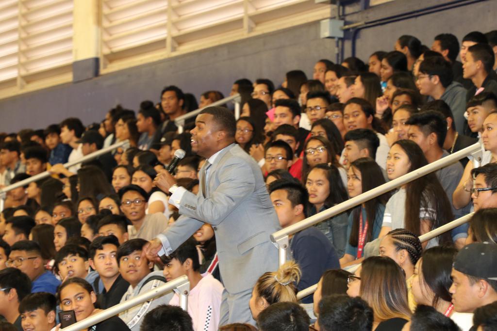 M. Bennett wows the crowd2