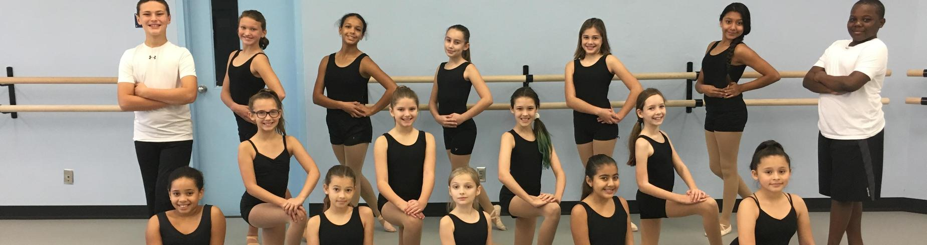 dance students in ballet pose
