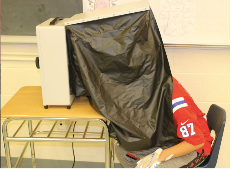 Student using Dermascan