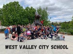 8th Grade Trip 2.jpg