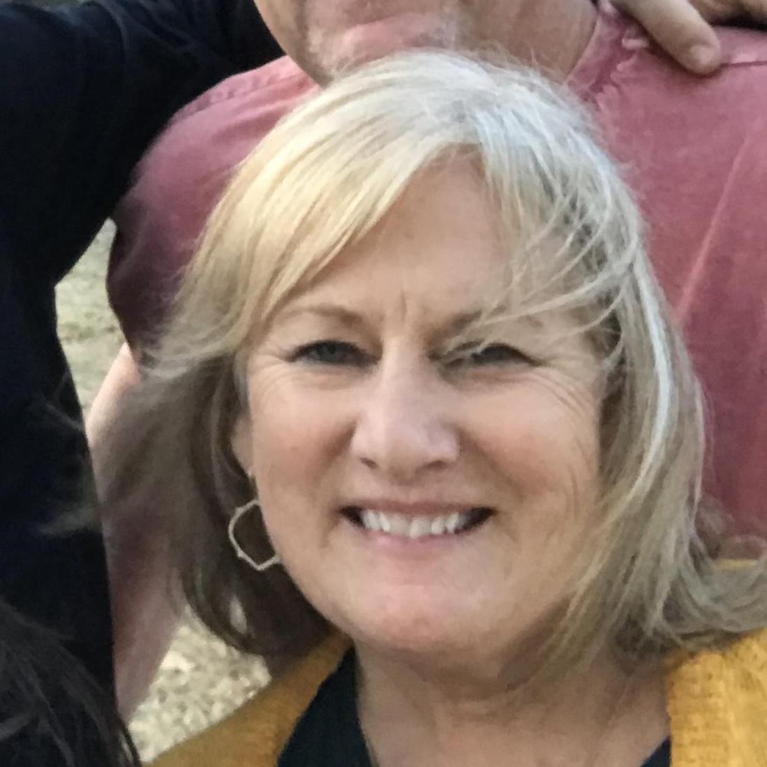 Dana DeHart's Profile Photo