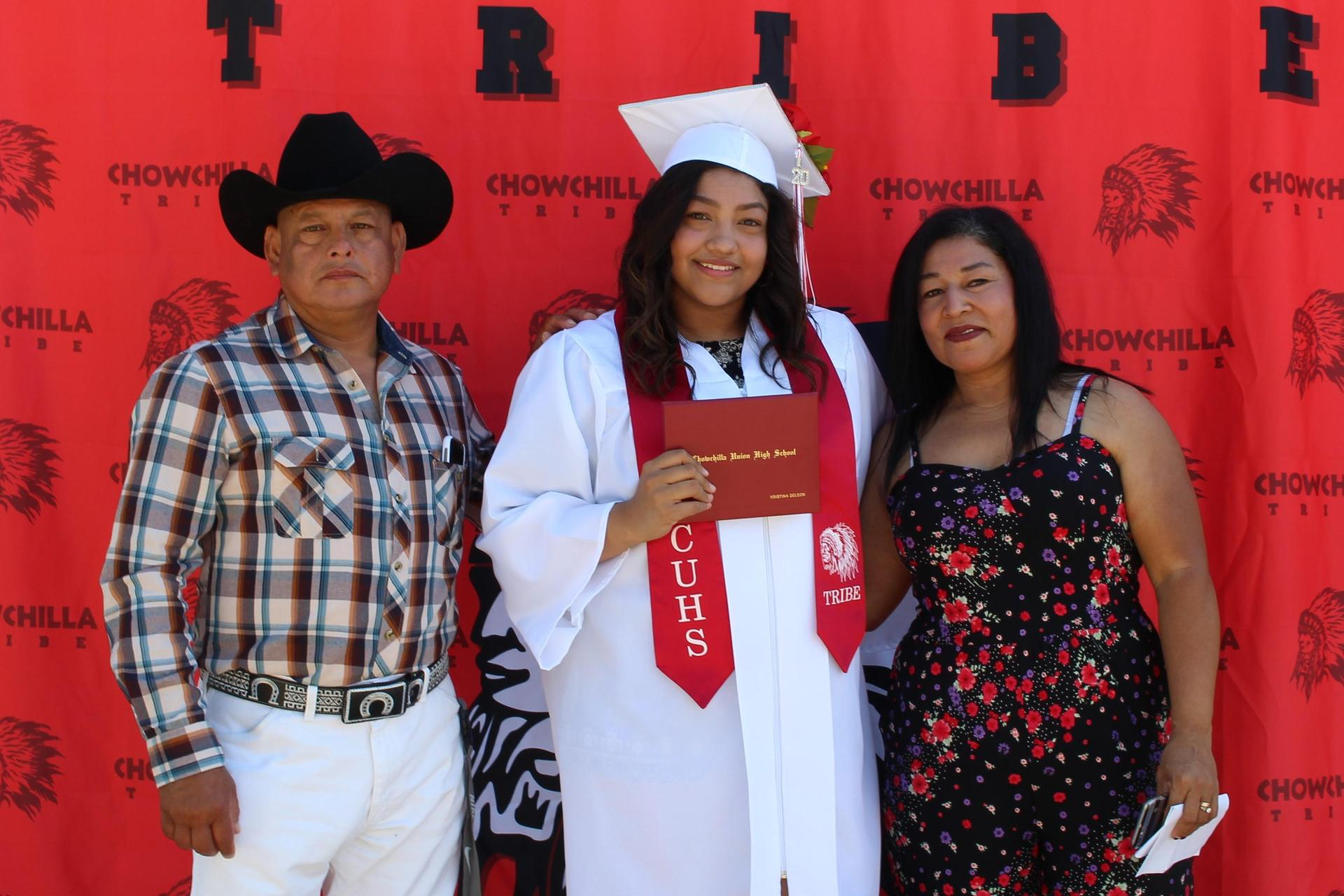 Kristina DeLeon and family