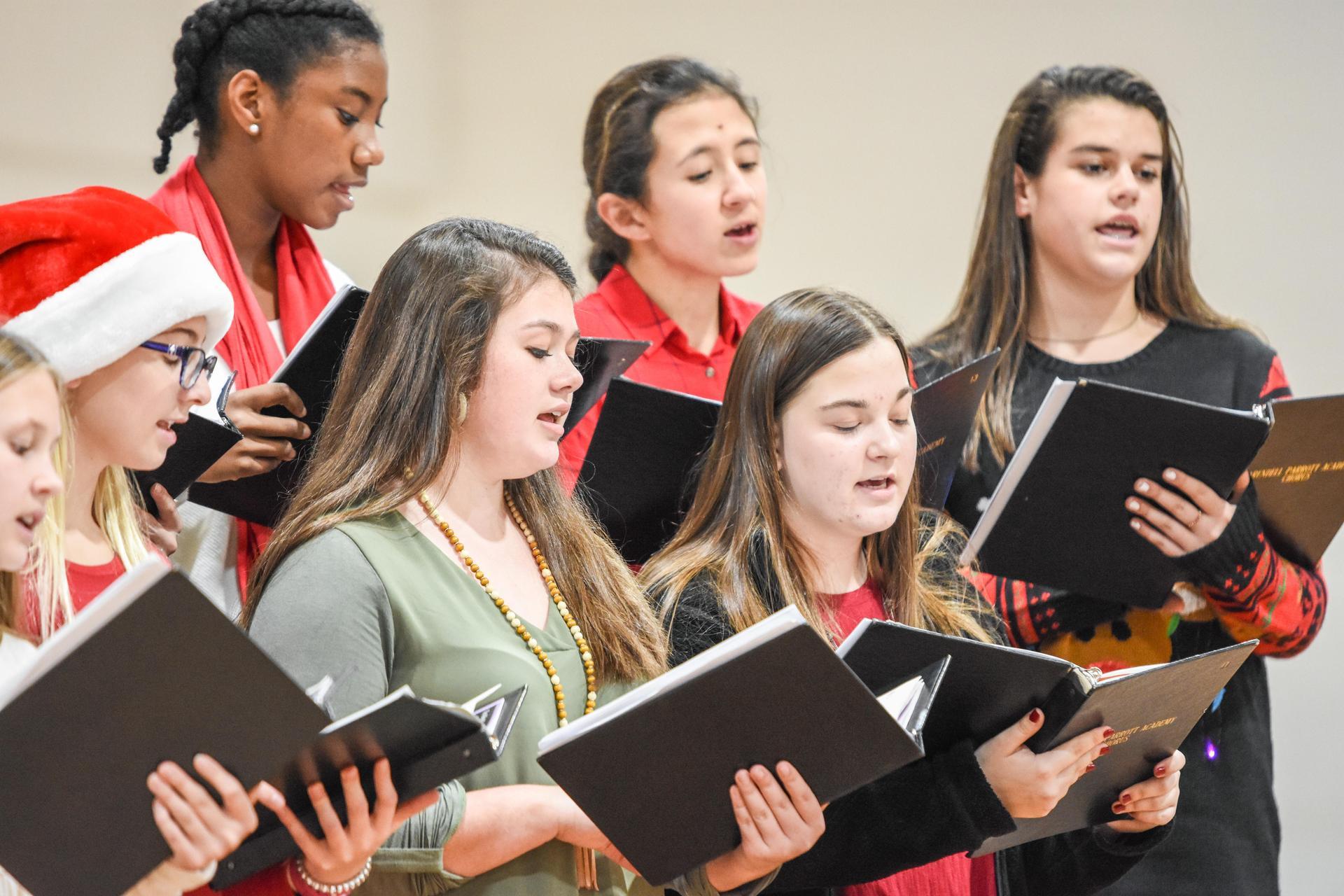US Chorus Holiday Concert