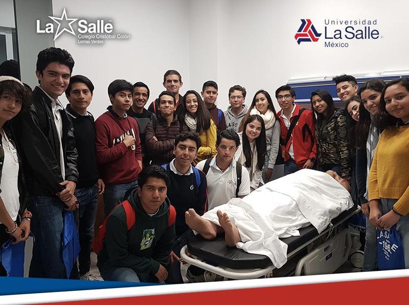 Visita a la facultad de medicina de la ULSA Thumbnail Image