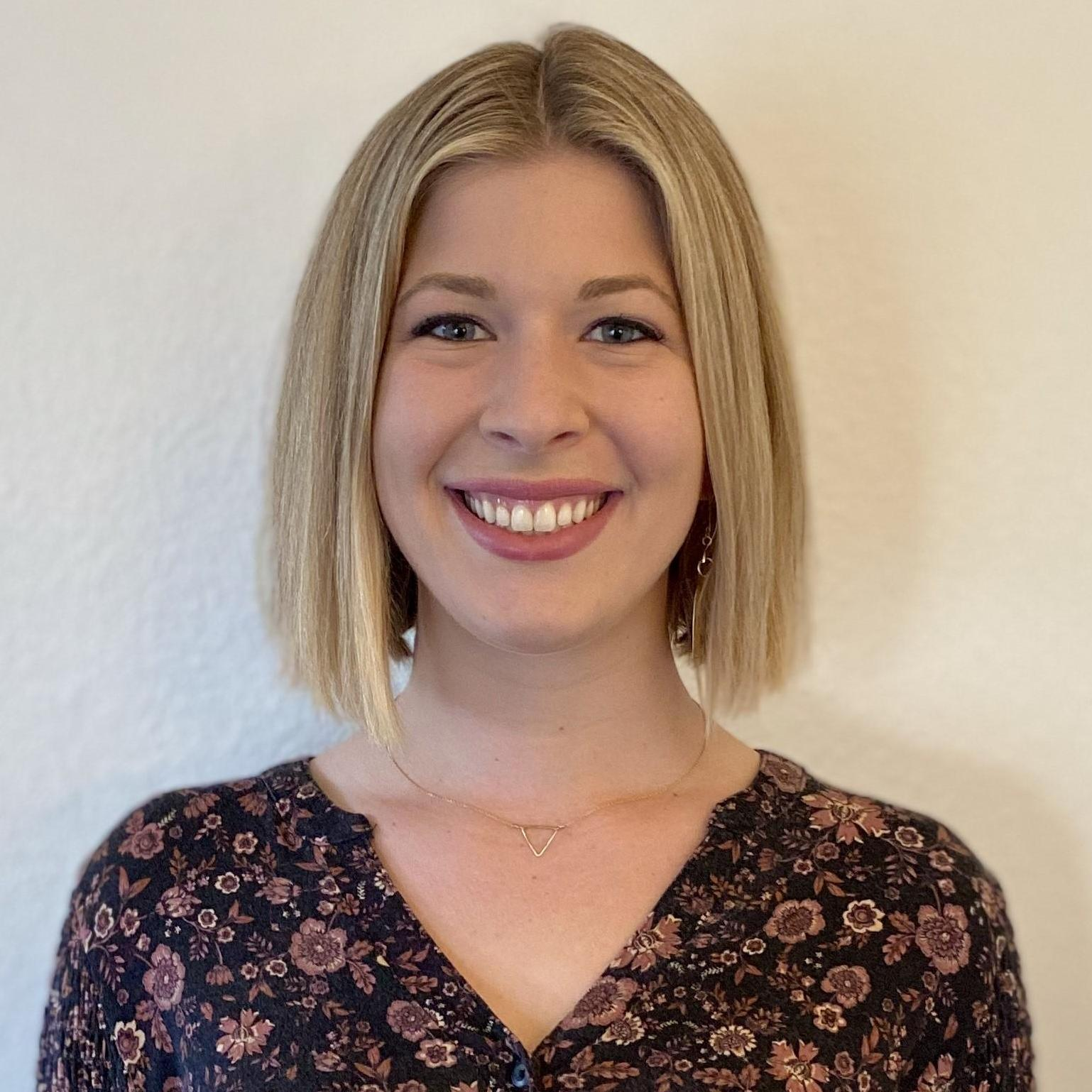 Elizabeth Mondoni's Profile Photo